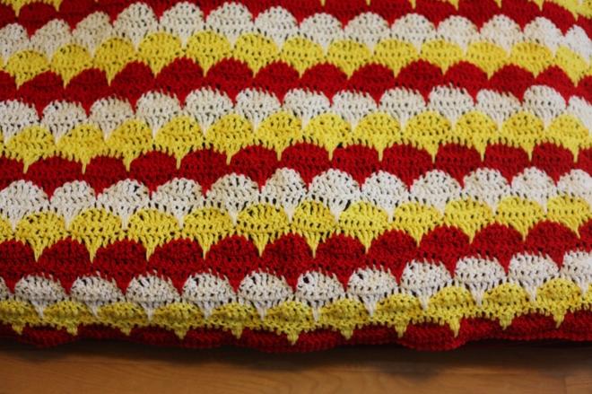 Crochet Clamshell Blanket