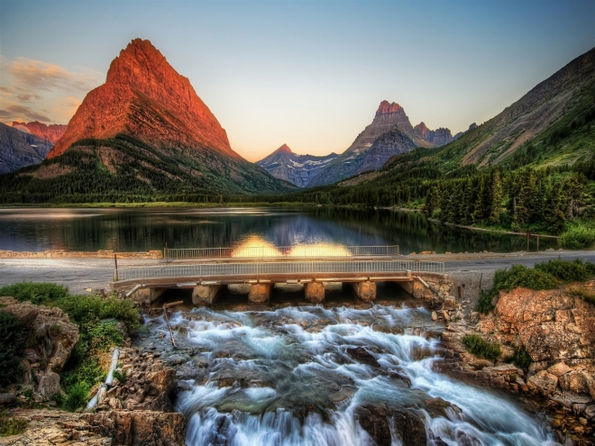 montana_glacier-national-park-landscape-scenery